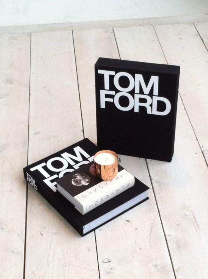 Livro Tom Ford - à volta dos 100€ em www.thebookdepository.com