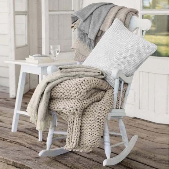 cool-scandinavian-porch-designs-to-get-inspired-20-554x554